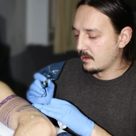 Gabriel Tatuator - Q-bo Ink Tattoo Parlor * Romania